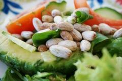 Chuta® hat ein außergewöhnliches Nährwertprofil: Sie ist reich an Proteinen und ungesättigten Fettsäuren und enthält wenig Kohlenhydrate und Zucker.